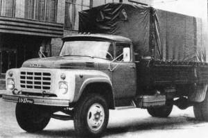 ЗИЛ-130ГУ 1977 г. с измененной экспериментальной облицовкой радиатора