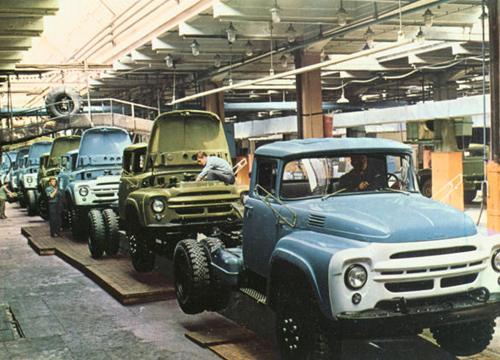 ЗиЛ 130 на конвеере