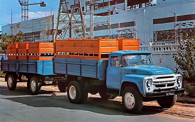 Серийный ЗИЛ-130 образца 1964 года. В таком виде автомобиль выпускался до 1978 года.